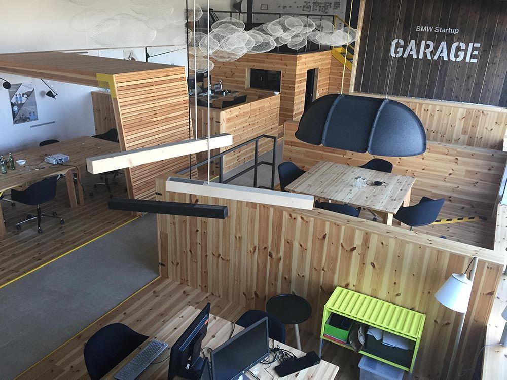 Dise o de espacios start up prodeca barcelona for Ups oficinas barcelona