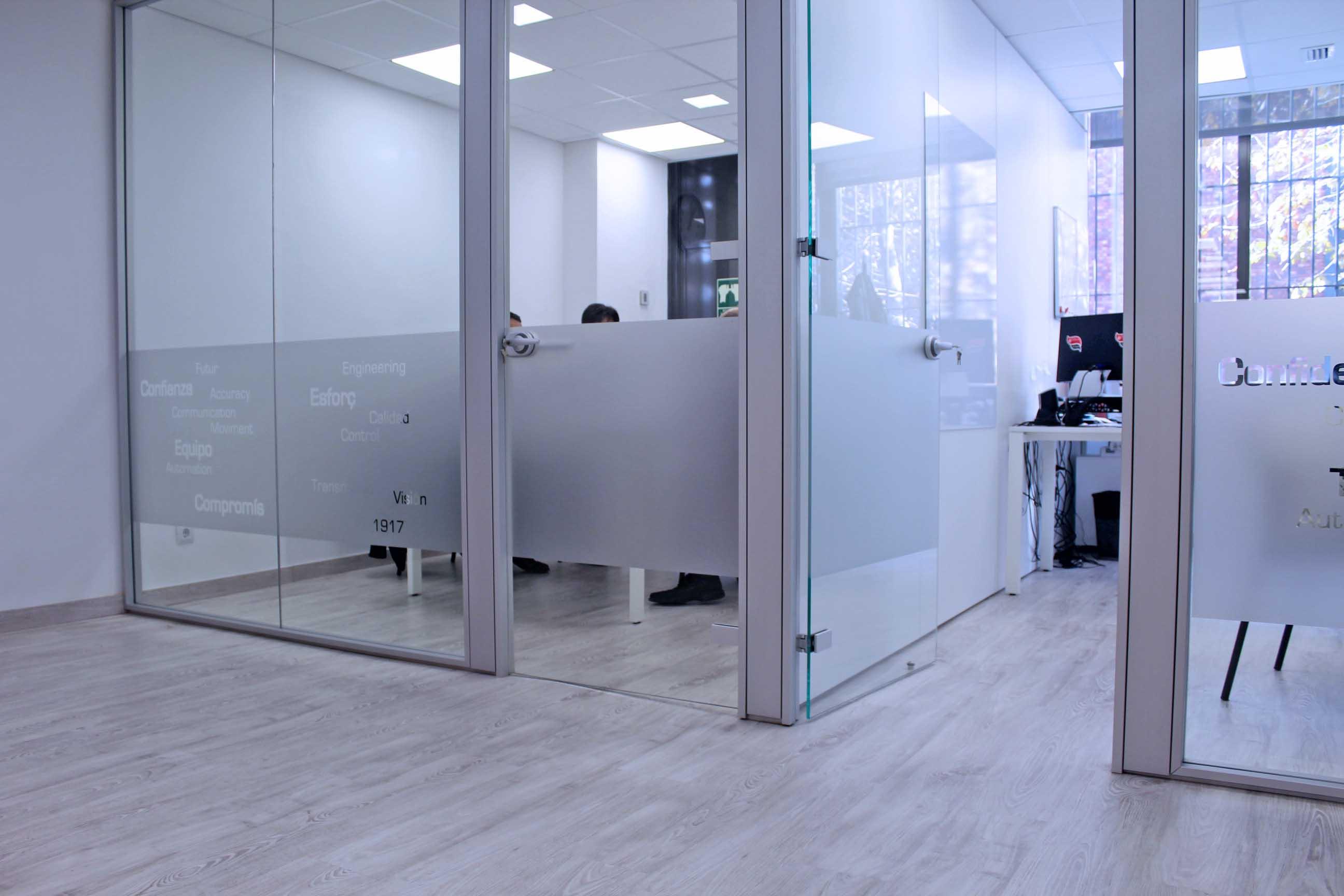 Personalizaci n de oficinas prodeca barcelona reformas for Banco pastor oficinas barcelona